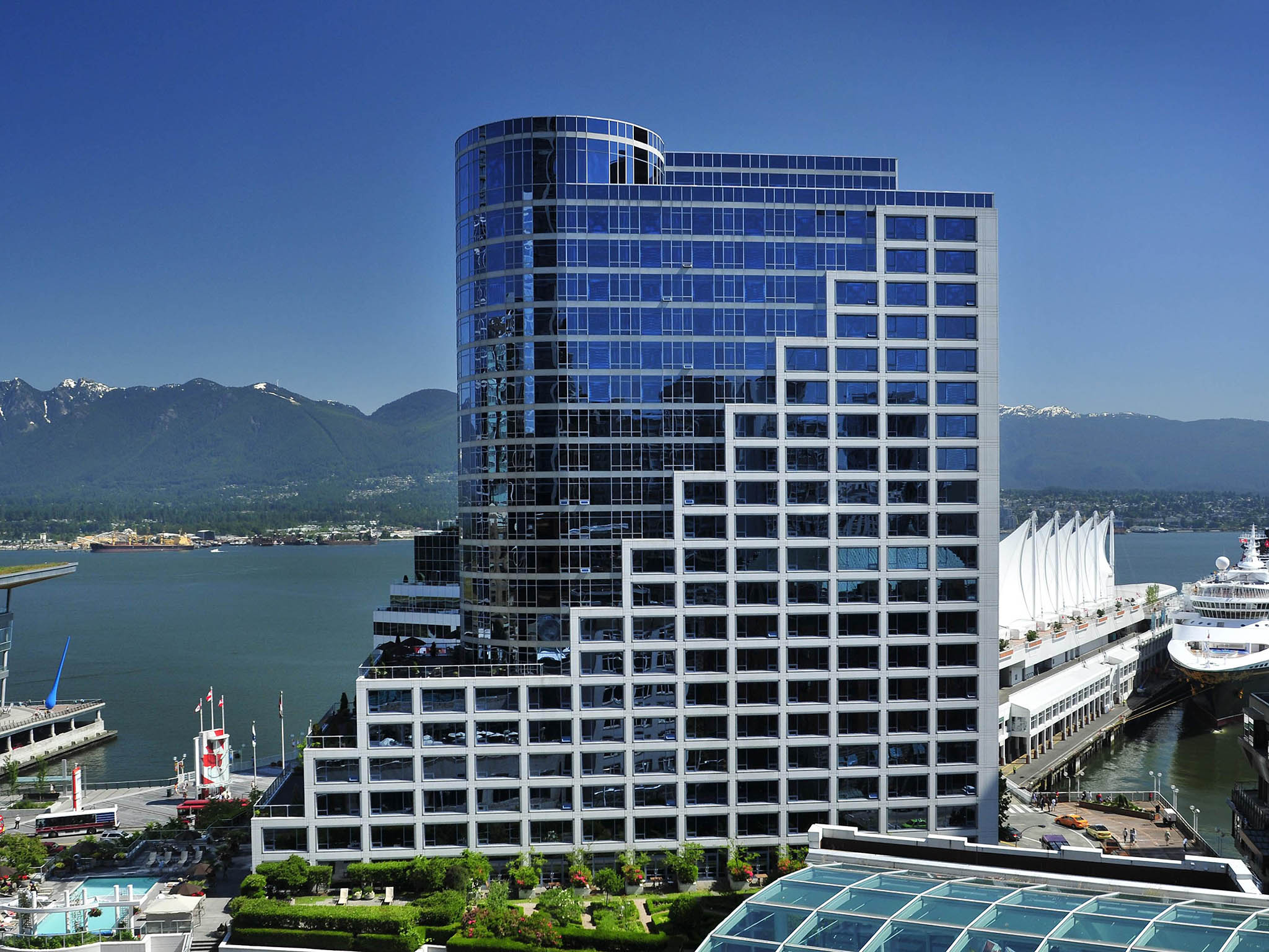 In Room Dining Manager - Fairmont