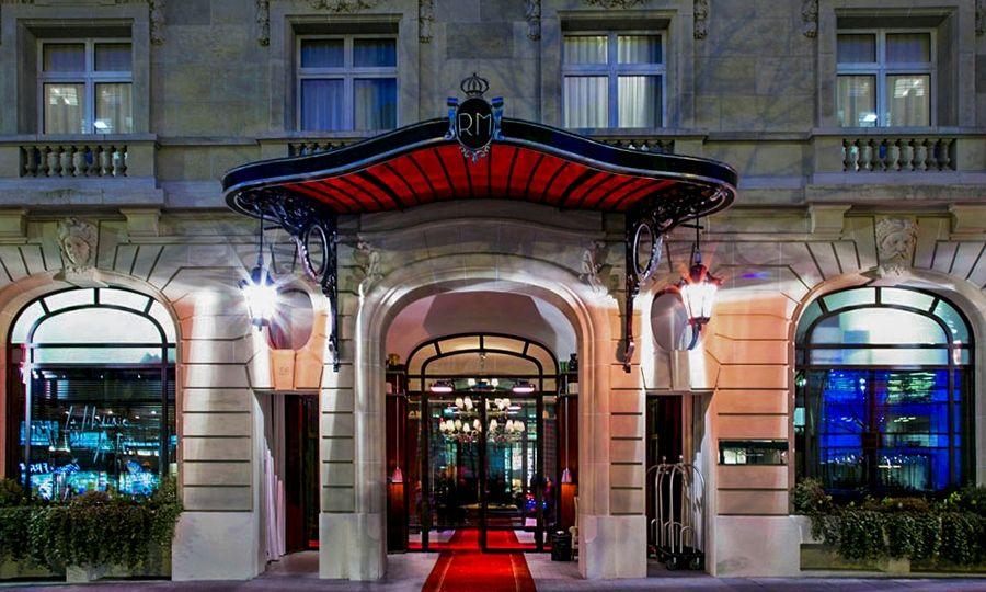 Community Manager Le Royal Monceau Raffles Paris Hospitality On
