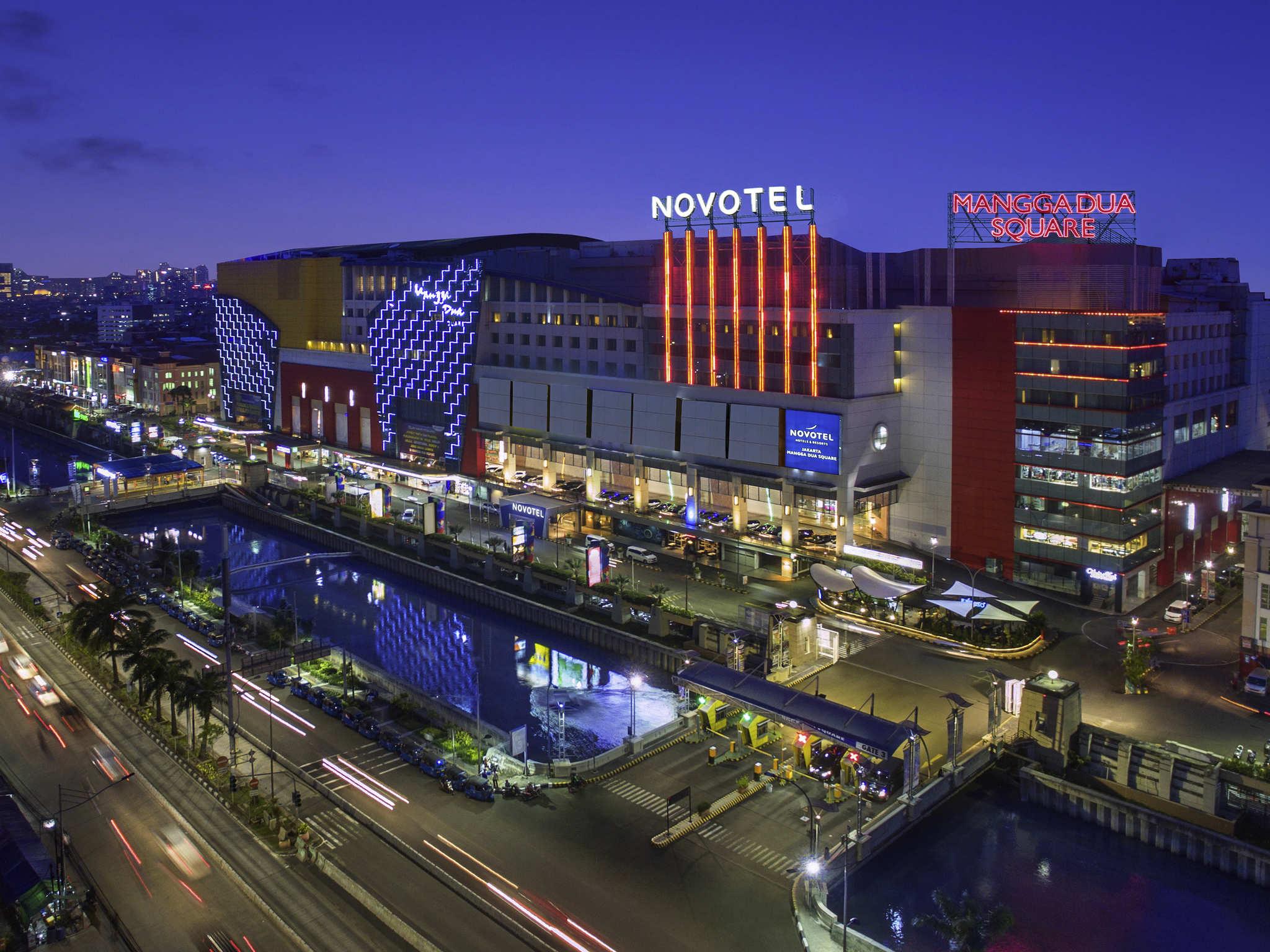 Senior Sales Manager Novotel Jakarta Mangga Dua Square English Hospitality On