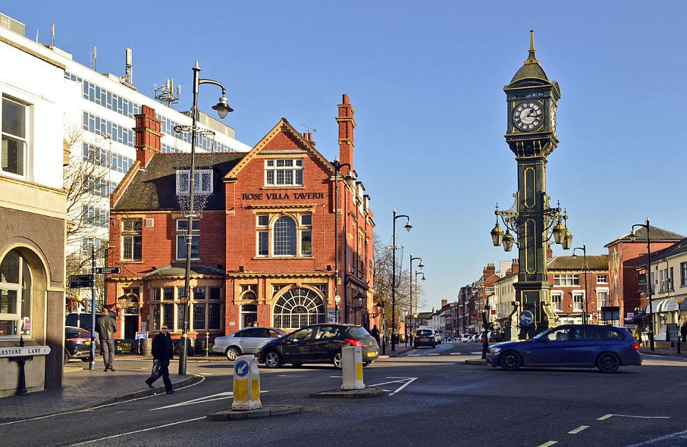 sites de rencontres gratuits Birmingham au Royaume-Uni été datant pendant 5 semaines