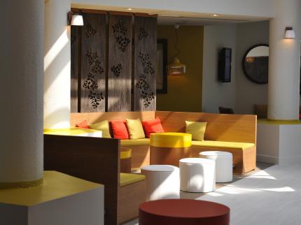 entretien avec c line moscheni architecte d int rieur cabinet moha hospitality on. Black Bedroom Furniture Sets. Home Design Ideas