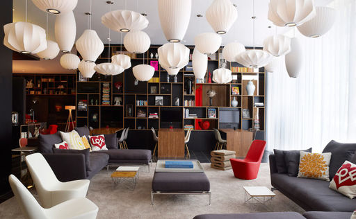 citizenM lounge