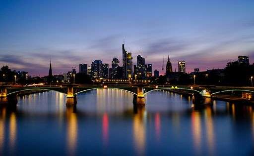 frankfurt bridge