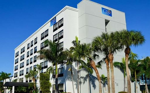 GLō by Best Western Fort Lauderdale