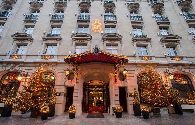 Assistant Administratif de la Direction F&B - Le Royal Monceau
