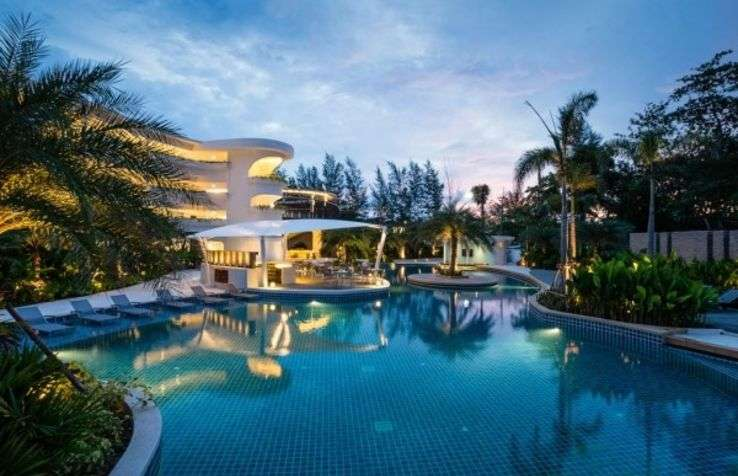 Duty Manager - Novotel Phuket Karon Beach Resort And Spa