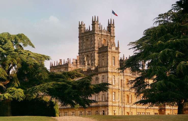 Airbnb - Highclere Castle - Downton Abbey