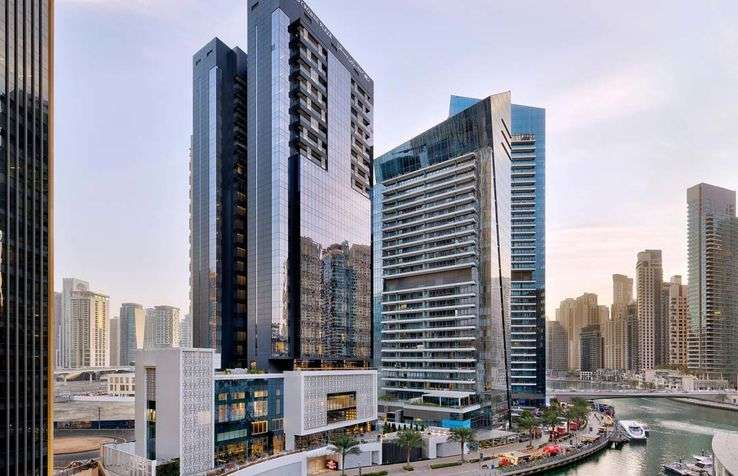 Food & Beverage Assistant (Male) - Crowne Plaza Dubai Marina Hotel