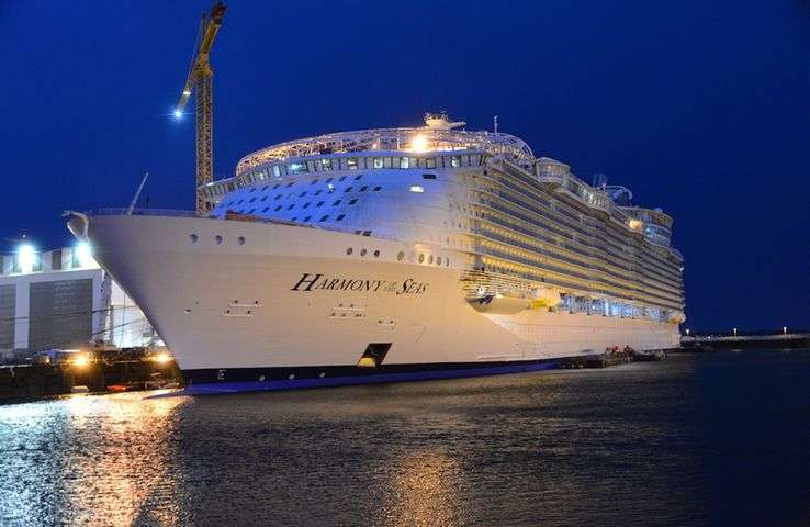 Harmony of the Seas en construction en janvier 2016