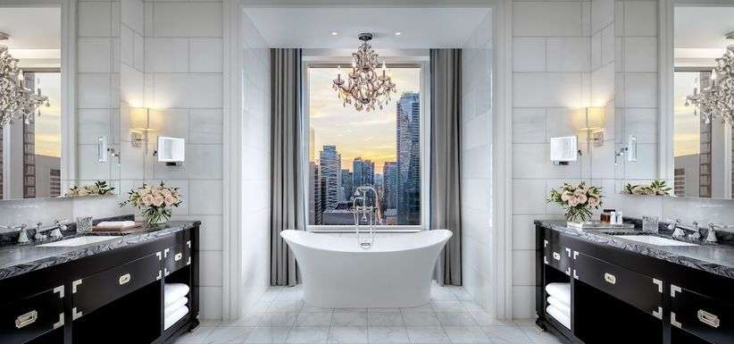 The St. Regis Toronto : Suite Bathroom
