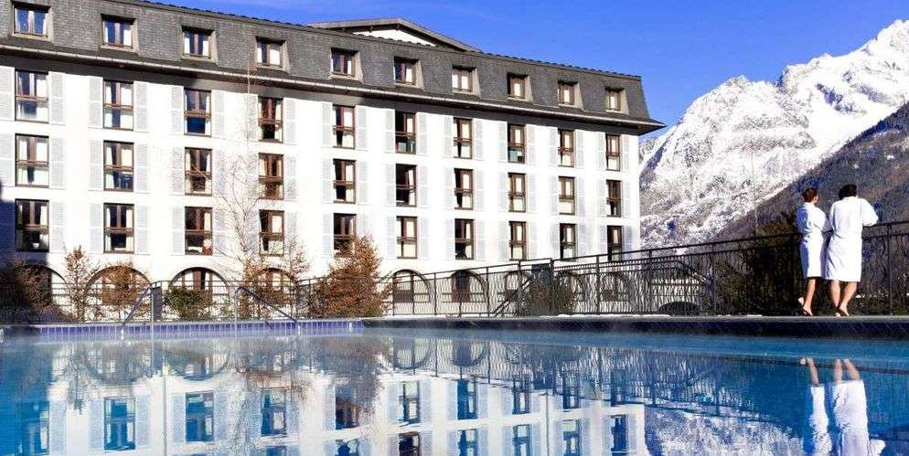 Club Med returns the keys to Le Savoy Palace and leaves Chamonix