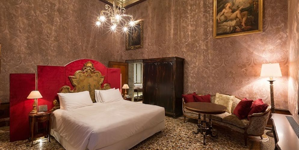 Venice palazzo venart luxury hotel joins the leading for Leading small luxury hotels of the world